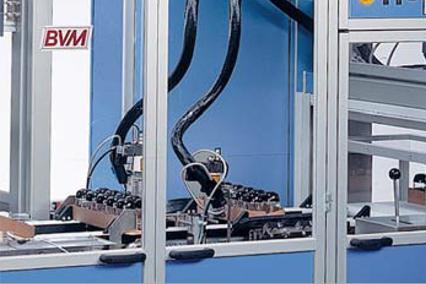 Wraparound-Packer WM4 | Technifol für BVM Brunner