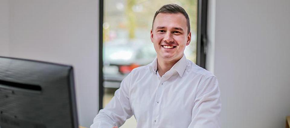Der neue Verkaufleiter Maschinen Lukas Urban | Technifol